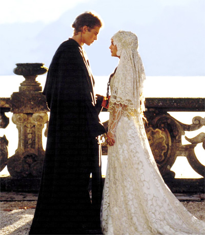 Natalie Portman white wedding gown in Star Wars, baju pengantin ala Puteri