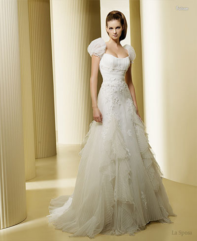 Snow white cinderella gown fairytale wedding dress, baju perkahwinan