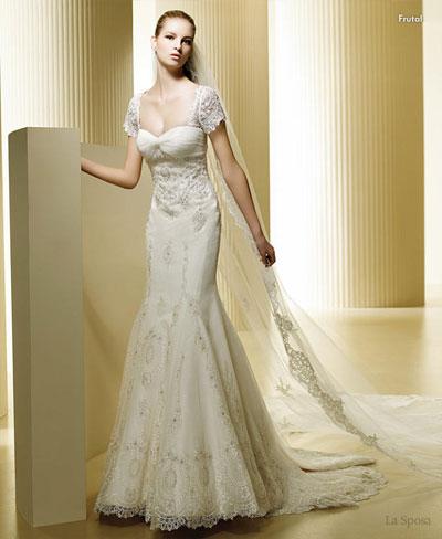 Baju pengantin lengan pendek La Sposa short sleeve lace wedding dress