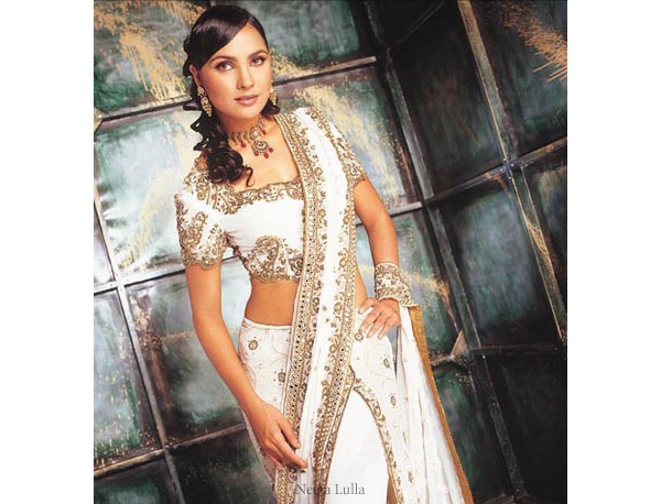 Indian bridal fashion -  white chaniya/lehenga/ghagra choli traditional Indian wedding dress designed by Neeta Lulla