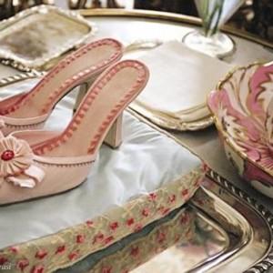 marie antoinette pink shoes kirsten dunst