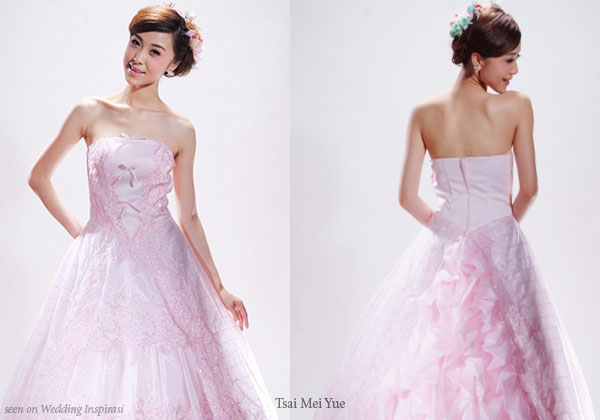 Cheap, affordable and cute pink wedding gowns from China bridal house Tsai Mei Yue