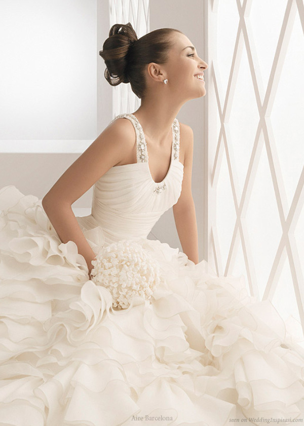 Aire Barcelona Wedding Gowns | Wedding Inspirasi