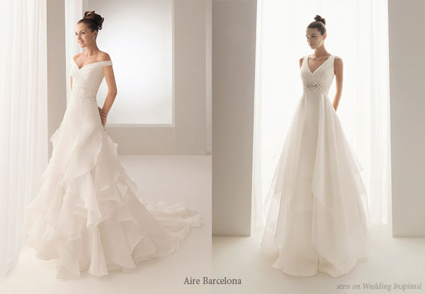 Layered white wedding dress from Aire Barcelona