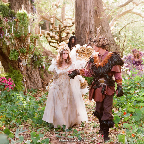 A royal fairy and elf wedding theme wedding inspirasi for Decoration foret enchantee