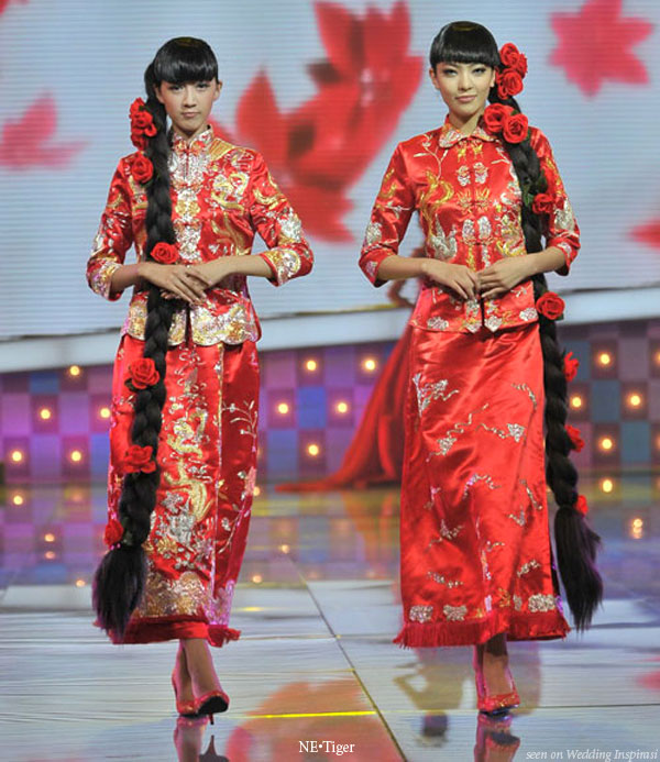 Chinese wedding fashion - hua fu traditional bridal costume or kua