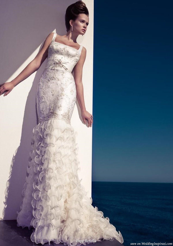 Fitted ruffle wedding dress by Pepe Botella Novias