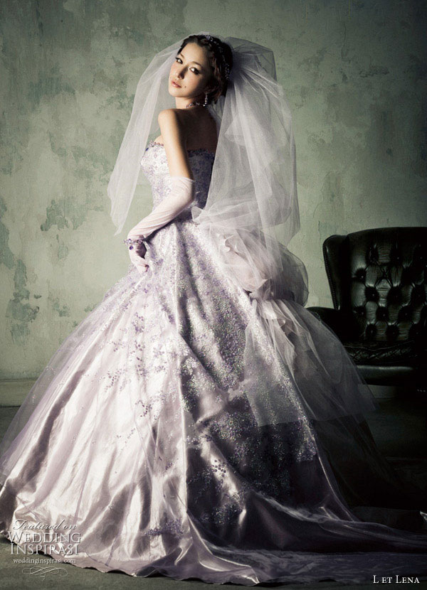 Japanese actress, singer, model celebrity Fujii Lena's L et Lena lavender purple ball gown wedding dress