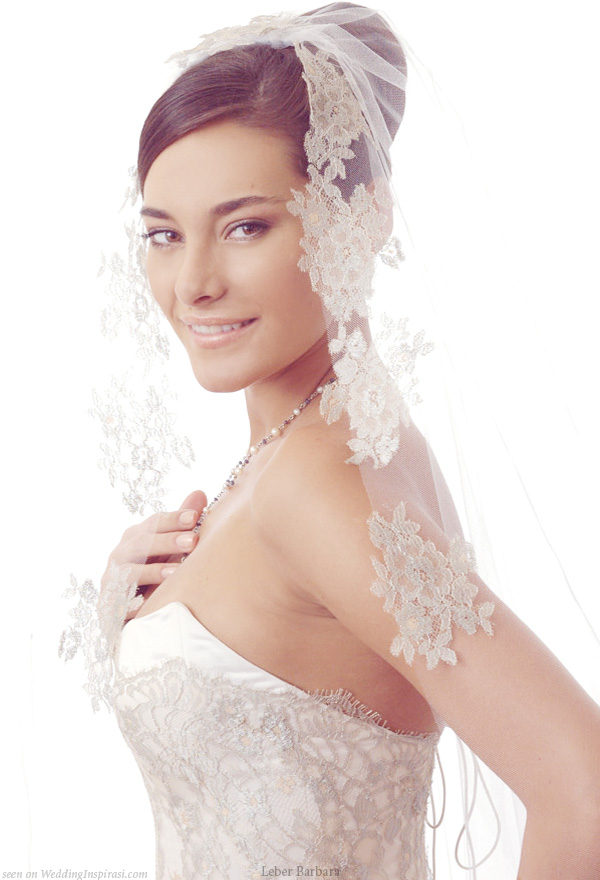 Patched lace veil from Hungarian bridal house Léber Barbara