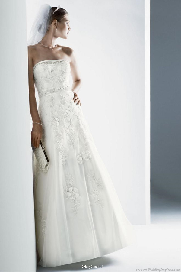 Beautiful strapless wedding gown from Oleg Cassini