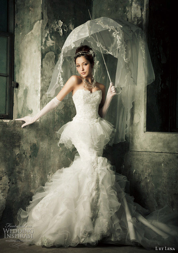 Mermaid ruffle wedding dress and lovely bridal parasol modelled by Fujii Lena for L et Lena