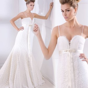 Spaghetti strap wedding dress from Ana Torres coleccion novia 2010