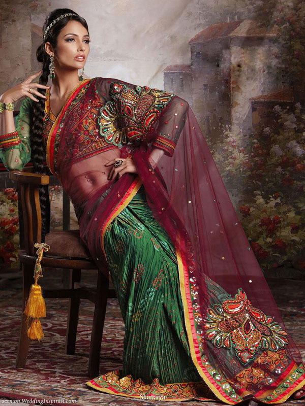 Green, burgundy traditional Indian wedding dress - Saree with elaborate pallu design