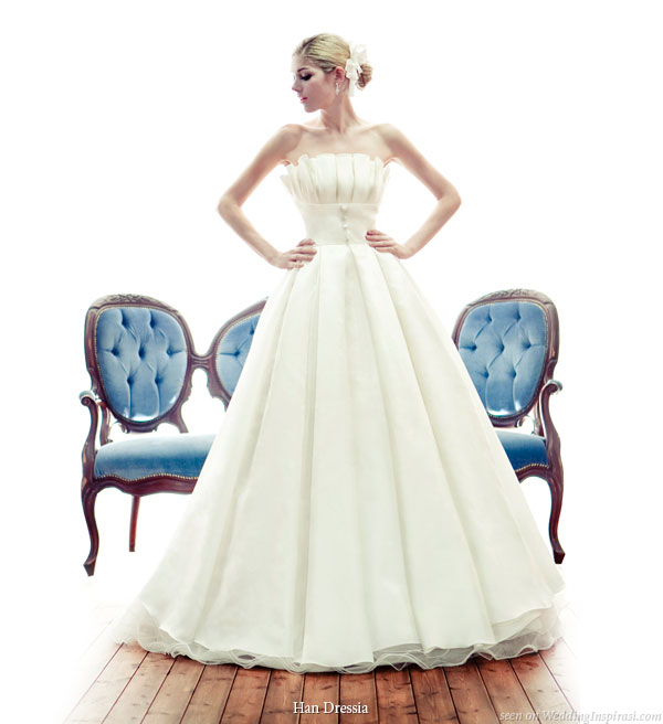 Box Pleated wedding gown from the bridal collection of Han Dressia Seoul, Korea