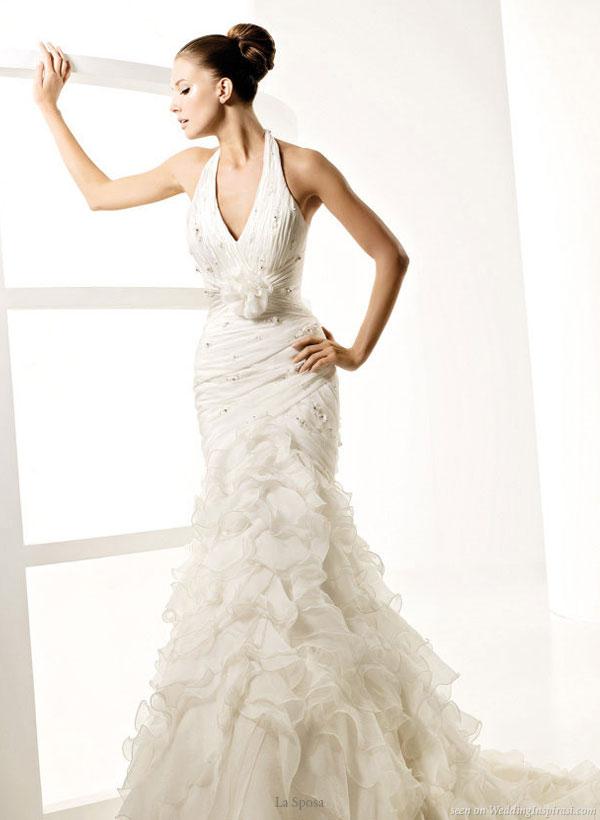 Halter neck mermaid fit and flare Lago wedding dress with ruffle skirt from La Sposa 2010 colleciones novia vestidos y trajes de novia