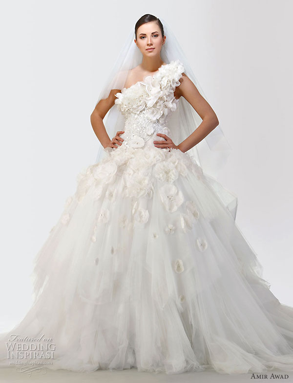 One-shoulder wedding dress from the 2010 bridal gown collection of  Lebanese designer Amir Awad