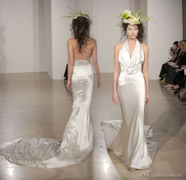 halter neck wedding dresses. halter neck a long train.