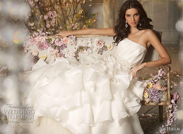 صور فساتين اعراس سمكة 2014 ، فساتين سمكه للعرائس بالصور 2014 jim-hjelm-2010-fall-wedding-gown-dress.jpg