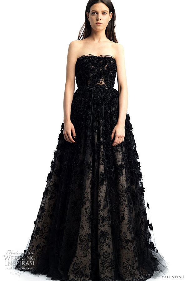 Valentino 2011 Resort collection - black strapless gown