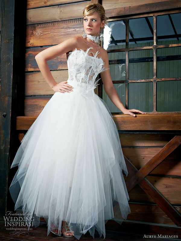 Aurye Mariages 2010 robe wedding gown collection - strapless ballet length tulle gown