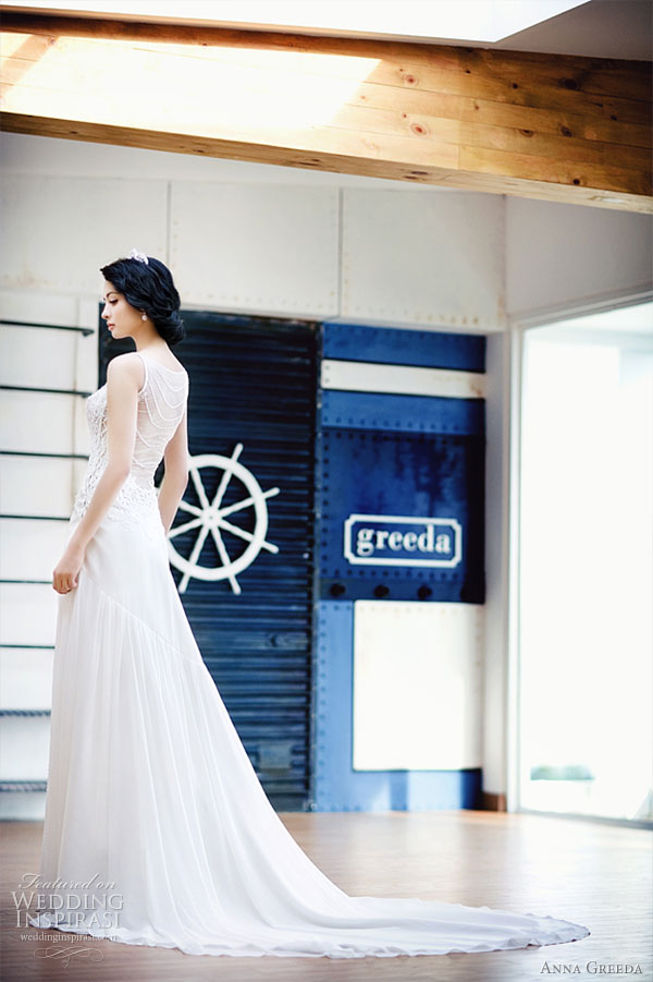 Anna Greeda 2010 bridal gown collection - elegant sleeveless wedding dress