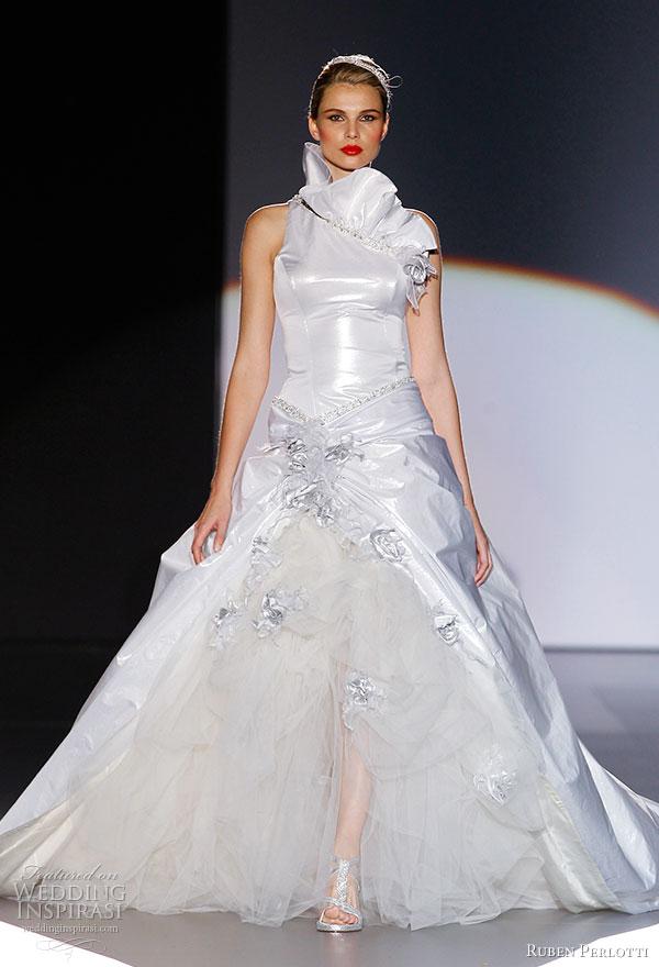 صور فساتين اعراس المشاهير 2014 ، فساتين عرائس للمشاهير بالصور 2014 ruben-perlotti-2011-bridal-wedding-dress.jpg