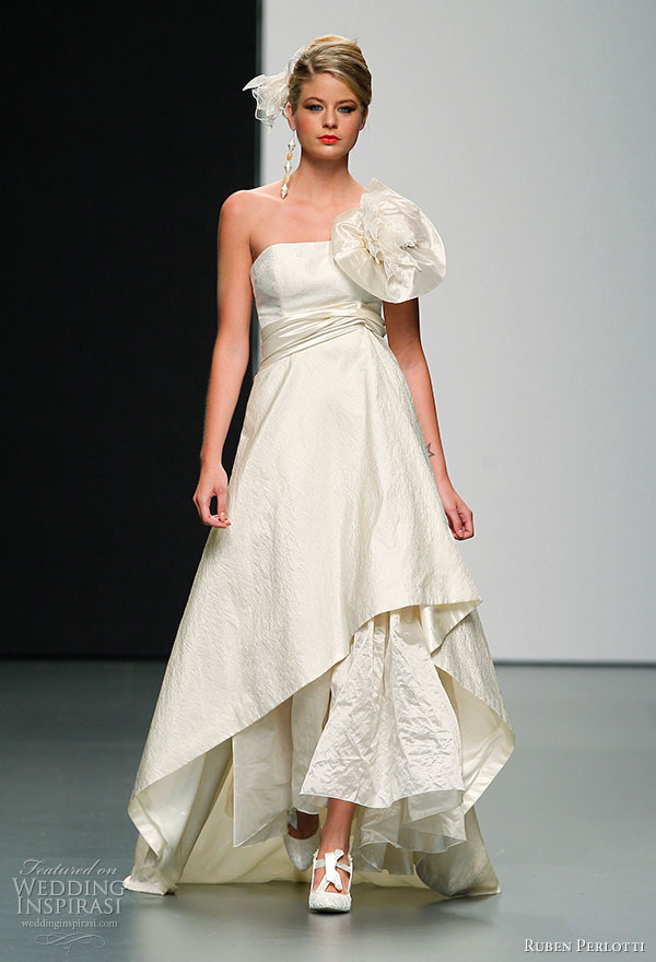 Ruben perlotti 2011 argentum bride collection wedding for Wedding dresses asymmetrical hemline