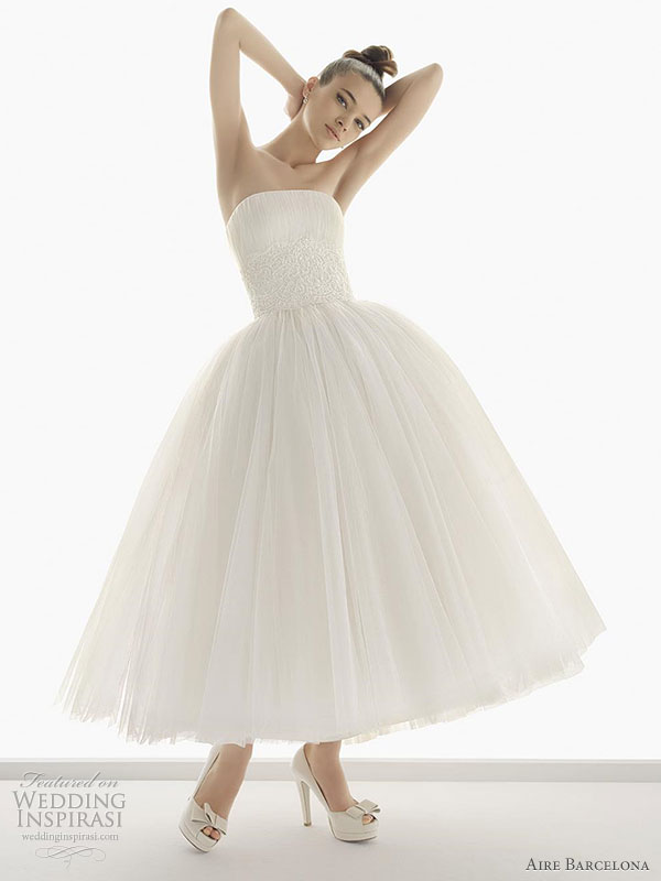Aire Barcelona Wedding Dress 2011 bridal collection -- Nazaret  tulle and embroidered lace ballet-length wedding gown with jeweled stones