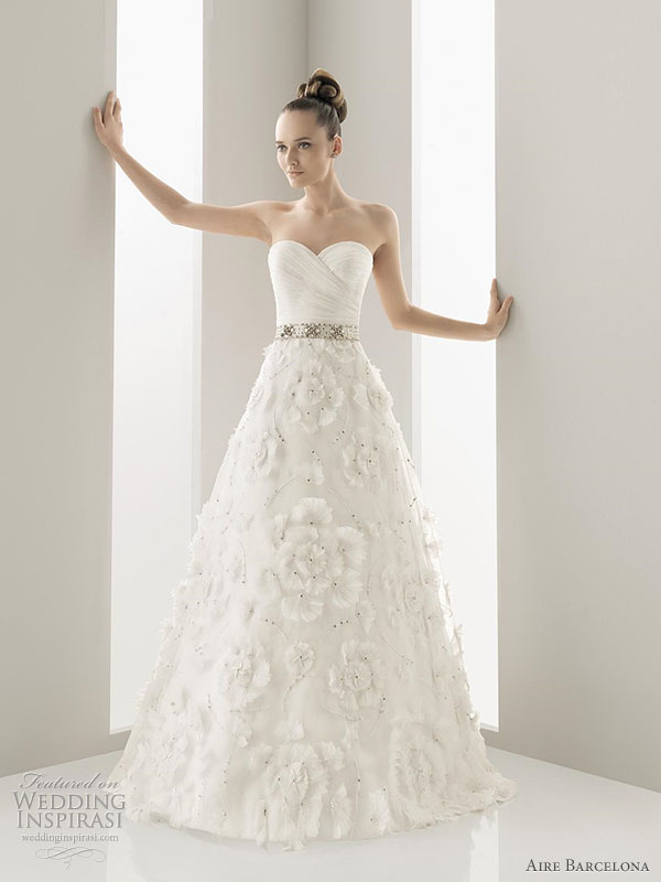 Aire Barcelona 2011 wedding gowns - Naipe embroidered organza gown adorned with jewelled stones