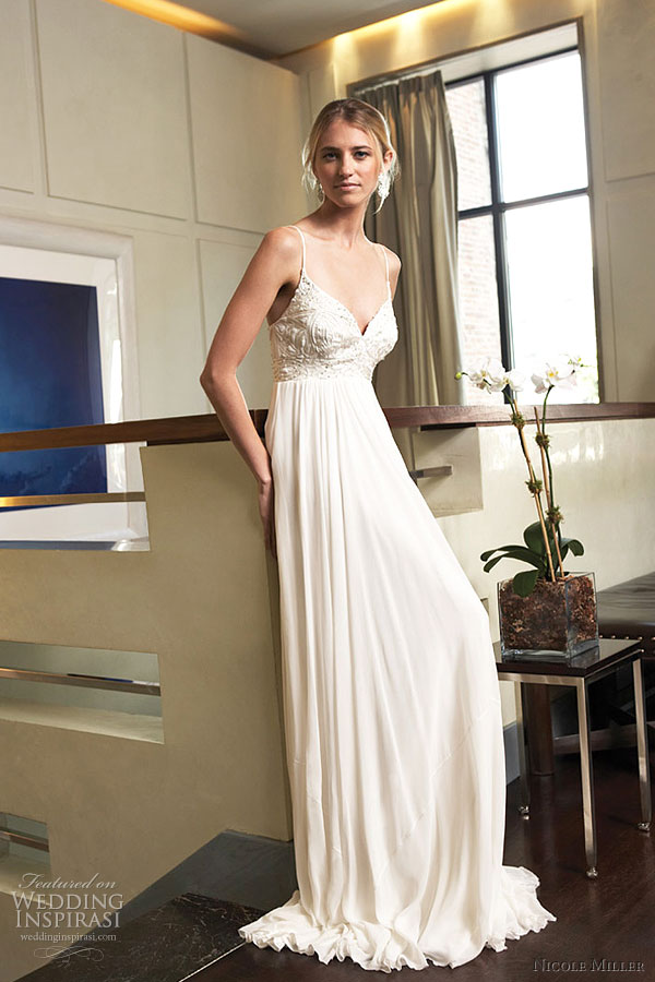 Double layered silk chiffon strapless gown The chunky necklace goes well