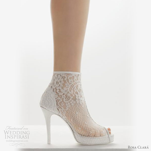 rosa clara 2011 bridal shoes collection wedding booties ankle boots style lace platform heel