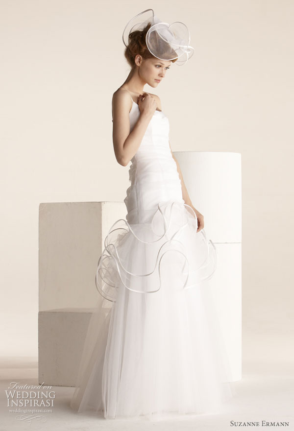 Suzanne Ermann wedding gowns 2011 SE Marier pret-a-porter bridal collection - Ginette, duchess satin dress draped with tulle and embellished with scrolls, neckline with thin straps.