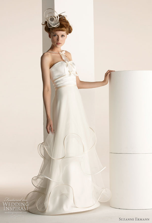 Suzanne Ermann wedding dresses 2011 SE Marier pret-a-porter bridal collection - Toinette, duchess satin gown covered with tulle highlighted by plumes, strapless frill sewn and quilted through nodes.