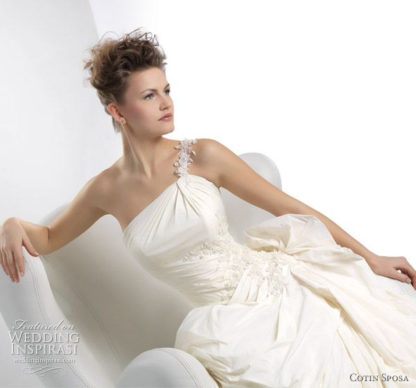 2011 wedding gowns by Cotin Sposa bridal collection