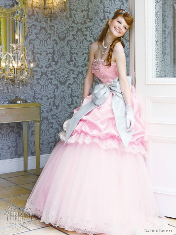 Pink wedding dress from Barbie Bridal 2010 collection - Cute, princess ball gown with light blue bow