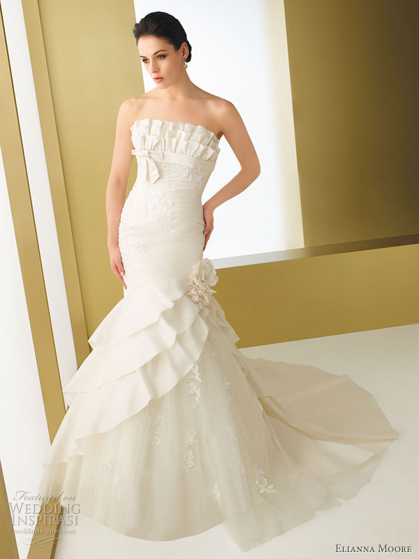 Elianna Moore wedding gown 2011 Bariza taffeta mermaid style strapless
