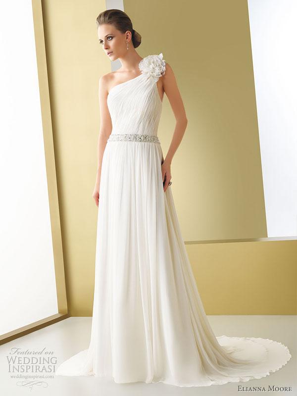 elianna moore 2011 wedding dress - Gelinlik Modelleri