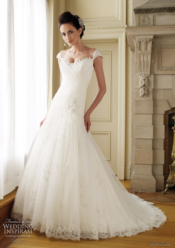 Cap sleeve wedding dress Annalisa from Mon Cheri Bridals Allover lace and