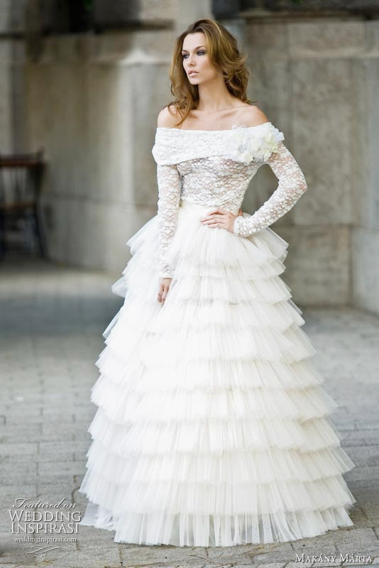 Off shoulder wedding gown with