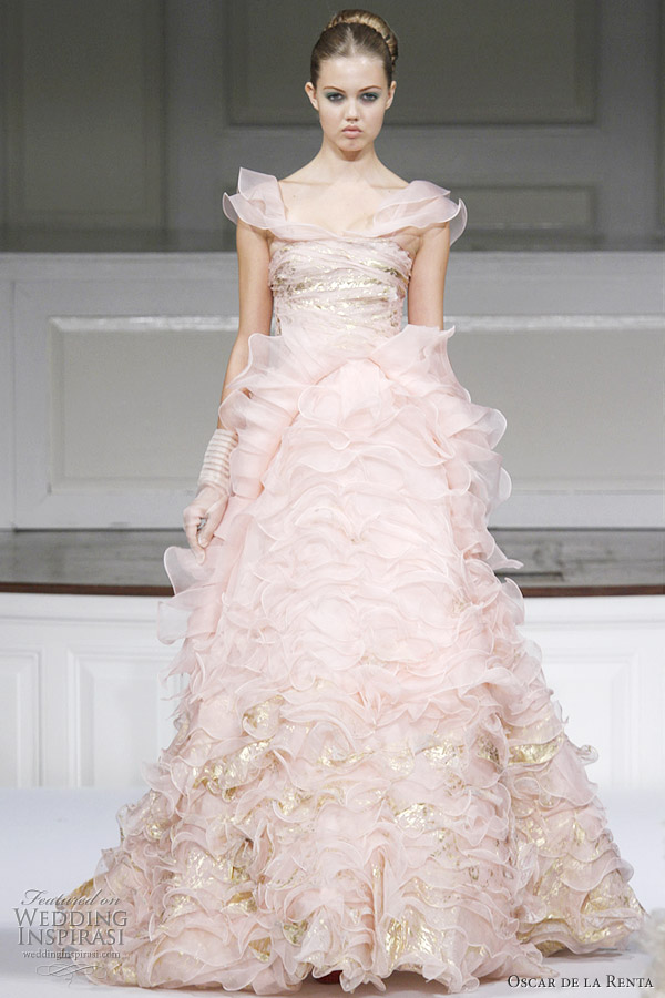 oscar de la renta spring summer 2011 ready to wear wedding inspirasi. Black Bedroom Furniture Sets. Home Design Ideas