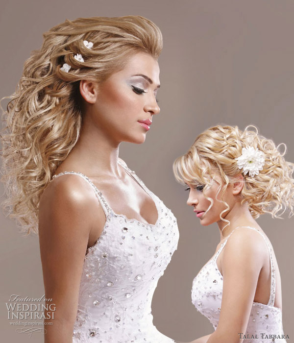Romantic bridal hairstyles with soft braiding and flower hair accesories, the messy updo is suitable for brides looking for a casual, relaxed style