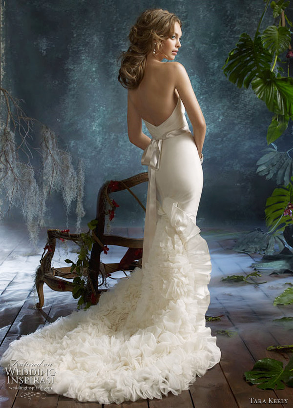 Tara Keely wedding dress 2011 Spring Summer collection tk2105 Ivory tissue