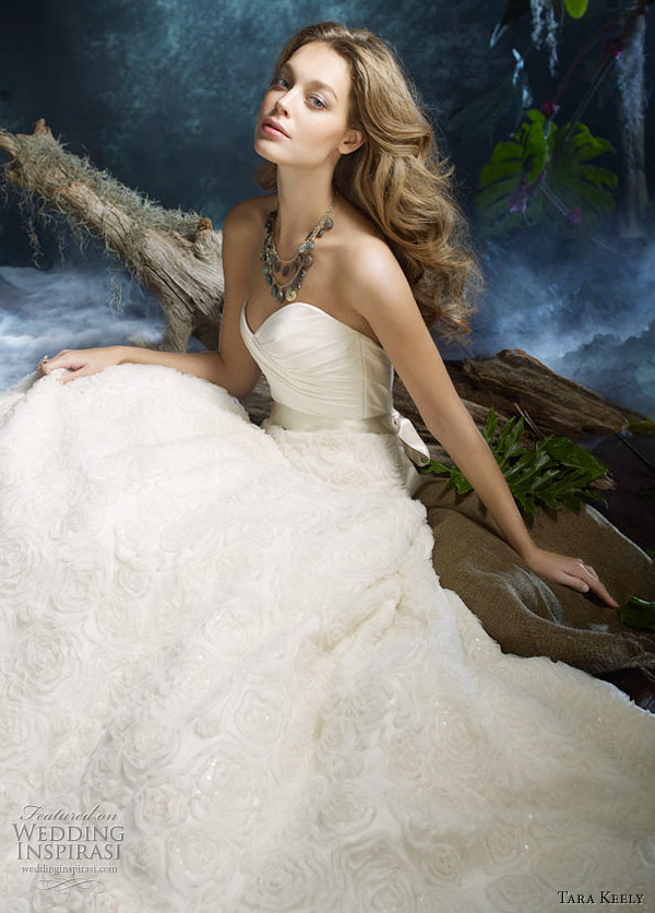 Tara Keely wedding gowns 2011 Spring Summer collection campaign photo shoot