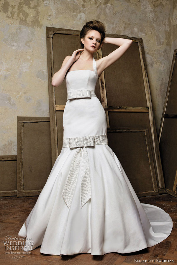 Wedding dress with bows by Elizabeth Barboza for Pronuptia 2011 bridal collection