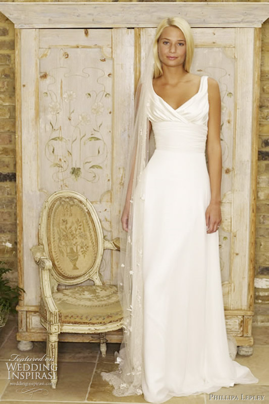 Phillipa Lepley wedding gown 2011 - Renaissance Natasha