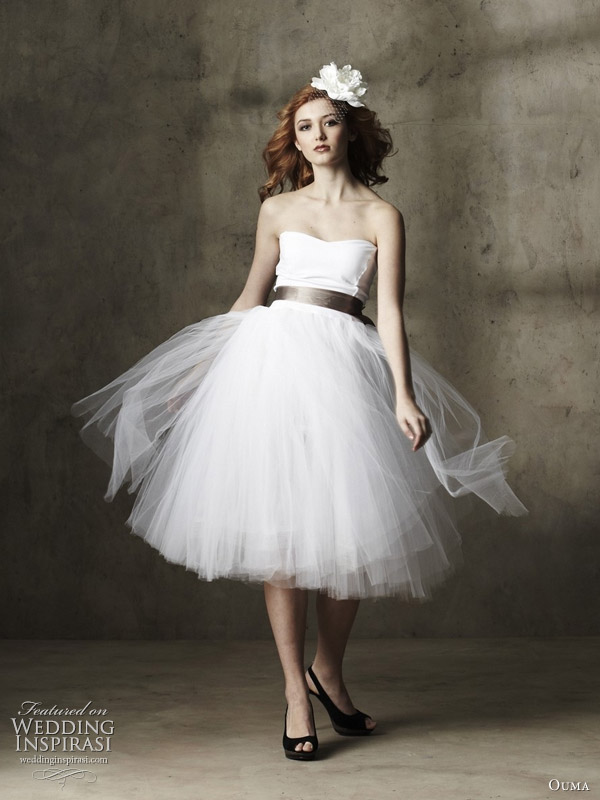 Whimsical Spring tulle knee-length wedding dress by Ouma
