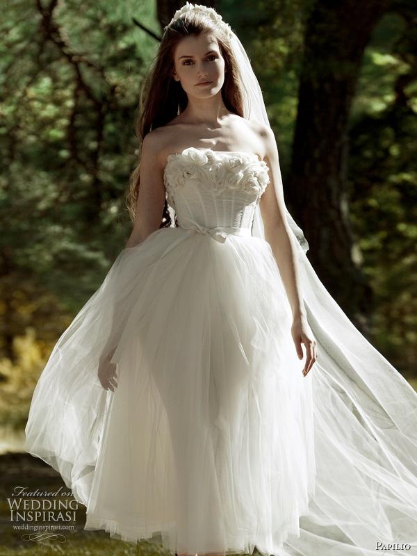 Papilio 2011 wedding dress - Awakening strapless romantic white bridal gown