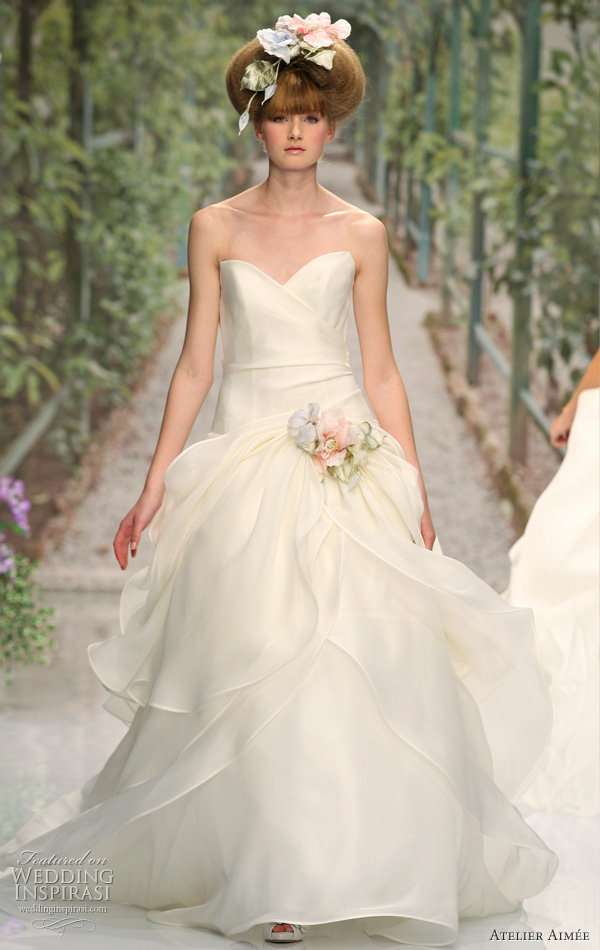 2011 wedding dress by Aimee Atelier, italian bridal collection