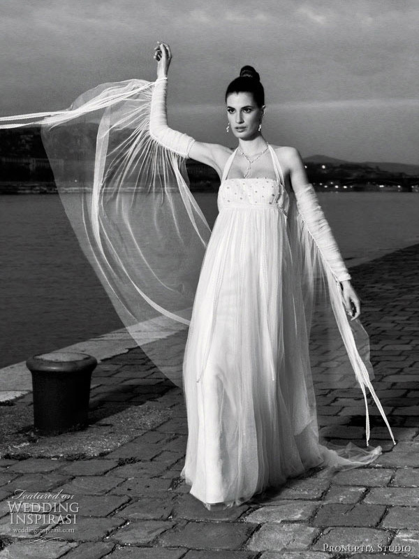 Pronuptia Wedding Dress 14 Great Adaptation halter neck wedding