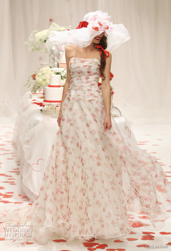 2011 Emé di Emé printed wedding gown in white and red